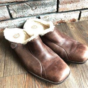 UGG AUSTRALIA Slip On Leather Mules Shoes ~sz 10